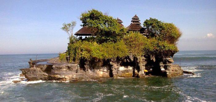 Храм на воде - Танах, Бали